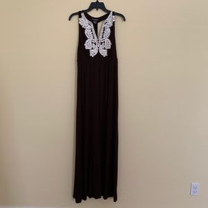 Chelsea & Theodore Brown Lace Maxi Dress - Large